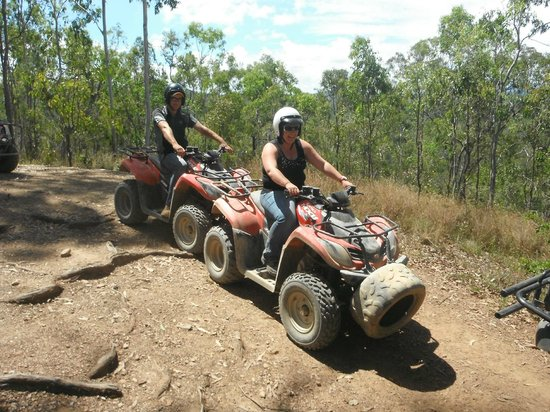 Down and Dirty Quad Bike Tours : Wicket time