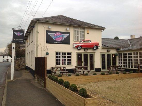 Herbie's American Bar & Grill: Herbie's