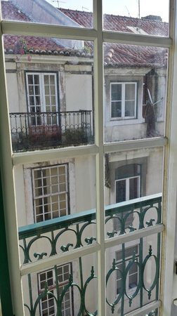 Hotel Duas Nacoes: VUE DE LA CHAMBRE