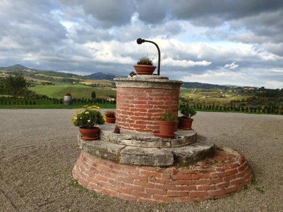 Relais Villa Grazianella - Fattoria del Cerro : Esterno Relais