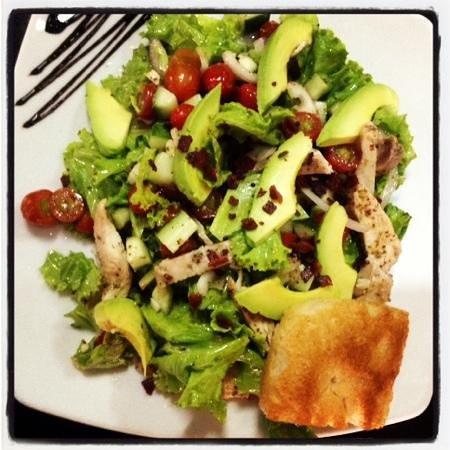 Unni's Restaurant: chicken avocado salad