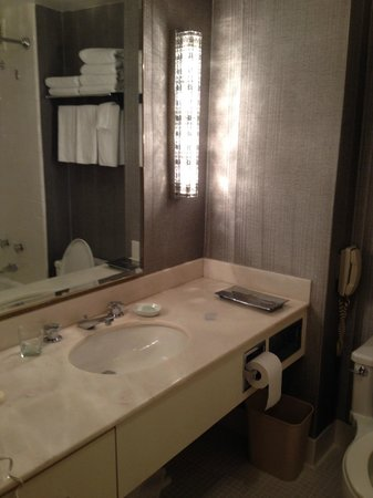 bathroom picture of park lane hotel new york city tripadvisor