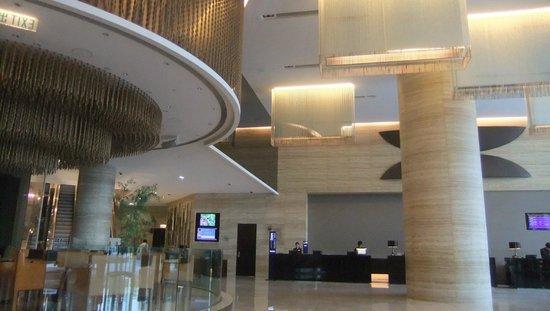 Novotel Citygate Hong Kong, holl