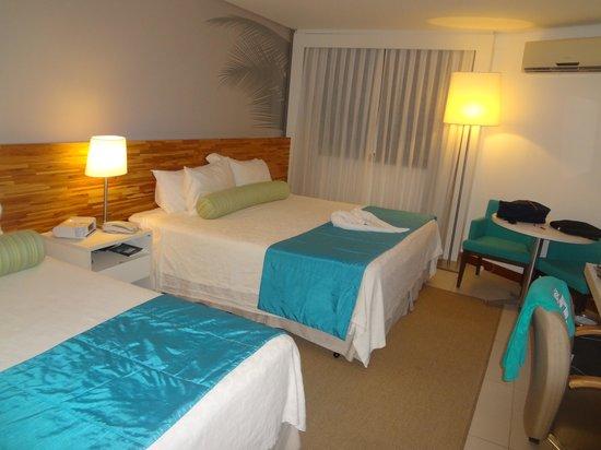 Best Western Premier Maceio: Quarto super confortável e cama enorme!