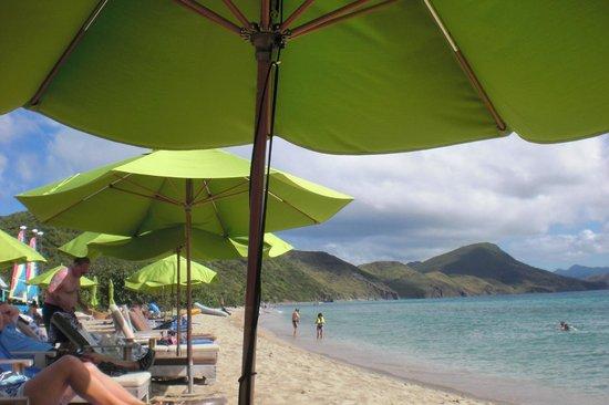 Carambola Beach Club: View from by beach chair