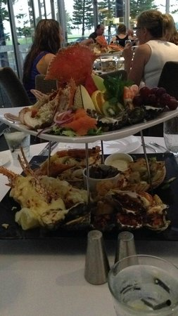 The Lagoon Seafood Restaurant: Seafood platter for two