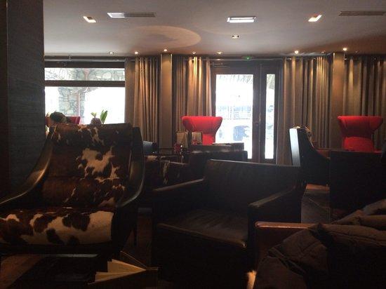 Avenue Lodge Hotel : Le bar de l hôtel