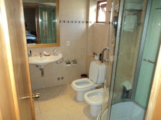 Hotel Cristal: Banheiro
