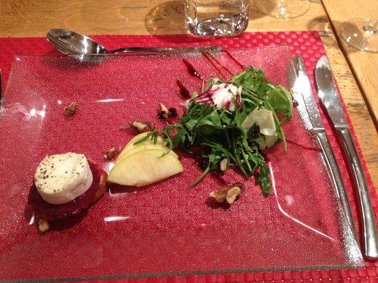 Chalet Aux Joux : Goat cheese starter