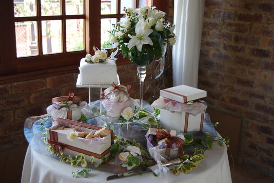 Afrique Boutique Hotel Oliver Tambo : Cake Table