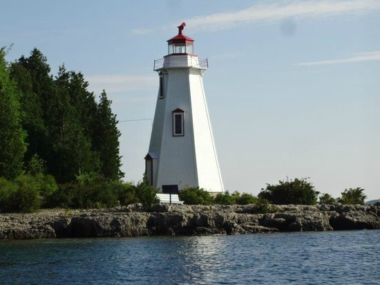 Big Tub Lighthouse : View from water