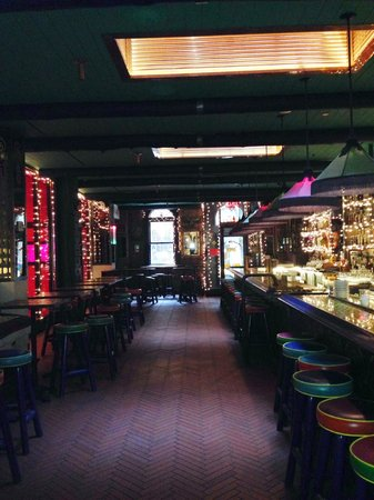 Pod 39 Hotel: Bar-Pub del hotel, mexicano. Siempre lleno de gente.