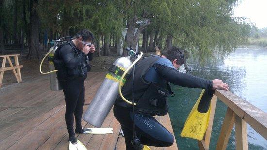 Media Luna School of Diving : Curso open water diver
