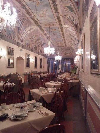 Hotel Degli Orafi: 朝食ルーム