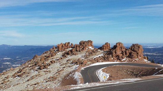Pikes Peak - America's Mountain: interesting rocks on side of road