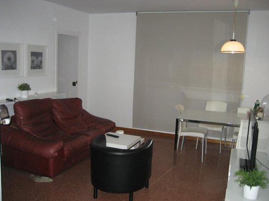 Apartamentos Ganduxer: гостиная в номере