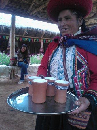 Centro de Textiles Tradicionales del Cusco: MateCoca