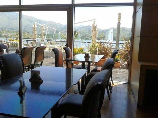 Hotel Potrero de Los Funes: comedor muy buen cuidado