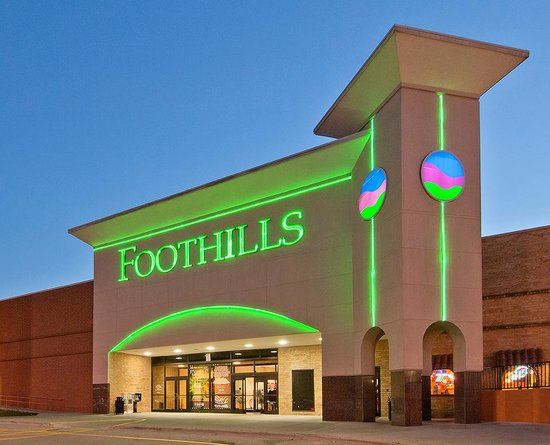 ‪Foothills Mall‬