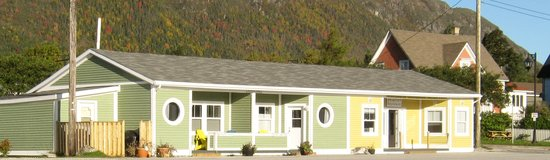 Seaside Suites Gros Morne Newfoundland: Wharfside Suites