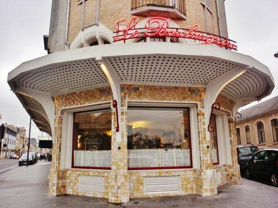 La Brasserie du Boulingrin: L'esterno