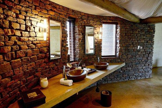 Marataba Safari Lodge: Wash area