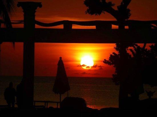 Hotel Riu Palace Tropical Bay: priceless sunset