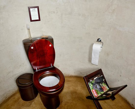 Marataba Safari Lodge: Toilet With Appropriate Reading Material