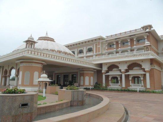 Indana Palace Jodhpur: front view