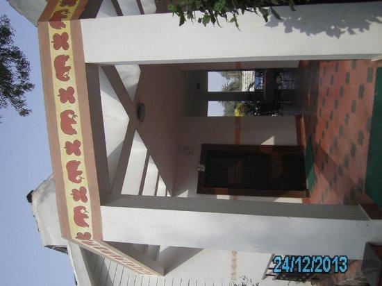 Gateway Retreat Sanchi: Room entrance
