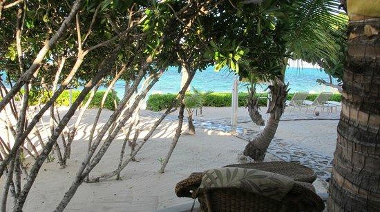 Atlantic Ocean Beach Villas: View from Ocean scape villa