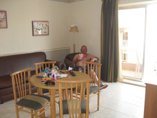 Soreda Hotel: Loung