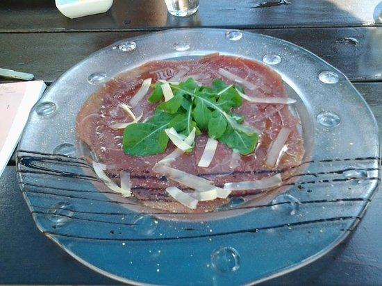 Restaurant josephine's: Springbok Carpaccio Finger licking good!