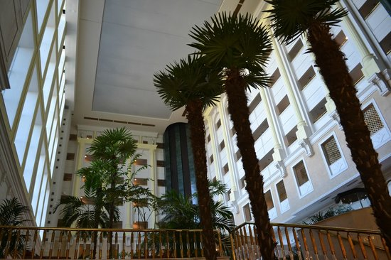 Rixos President Astana Hotel: Lobby
