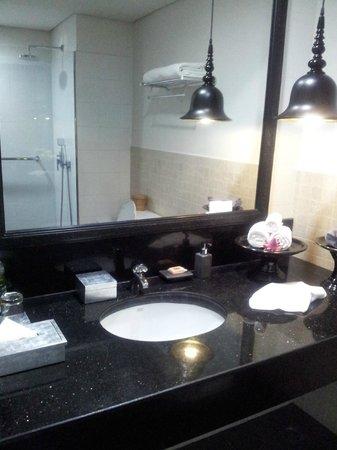 Shinta Mani Club: bathroom