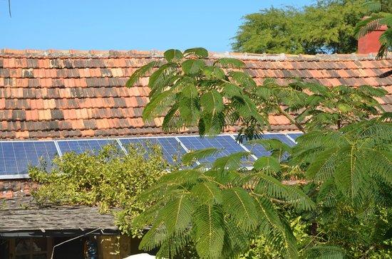 Villa Castel: Panneaux solaires