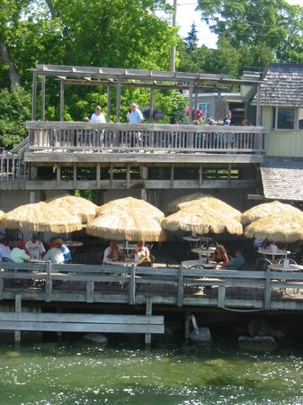 Falling Waters Lodge: The Cove (across from Falling Water Lodge)
