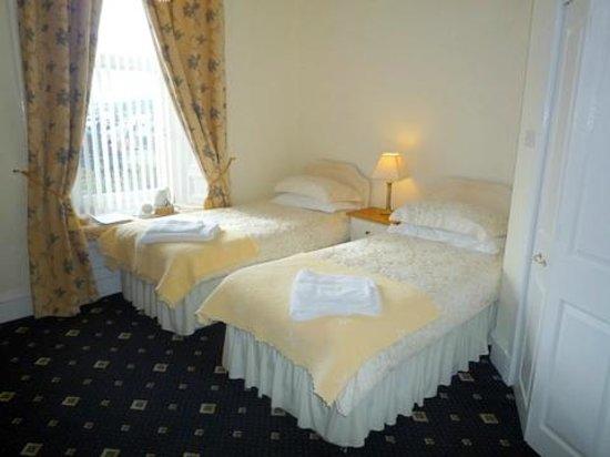 Aurora Guest House : Twin en-suite