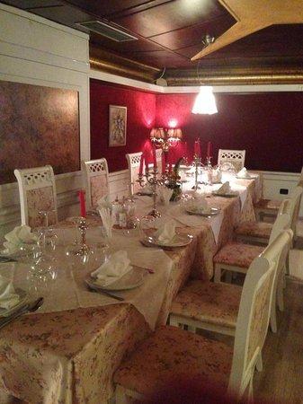 Adoro Restaurant Tirane