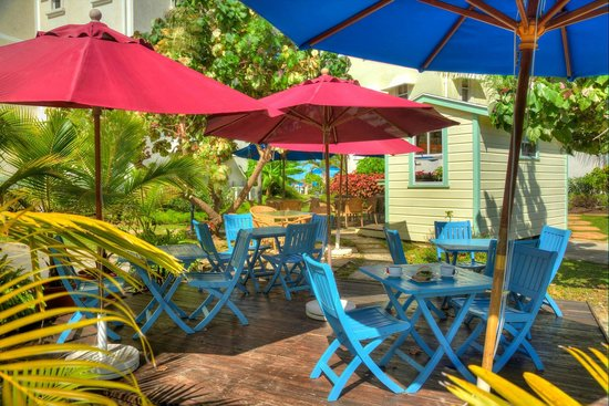 Beach View : The Hut Cafe