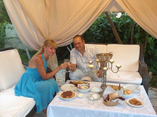 Villa Olga Hotel Apartments & Studios: Dinner...