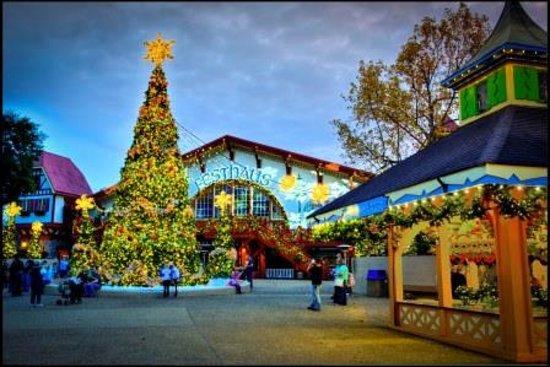Busch Gardens Christmas Town Picture Of Busch Gardens Williamsburg Williamsburg Tripadvisor
