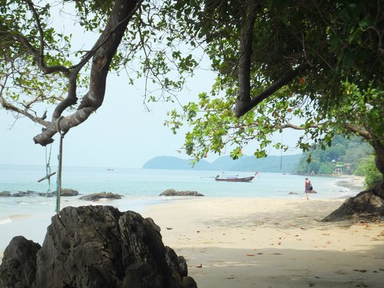 Ko Jum, Thailand: beautiful natural beach