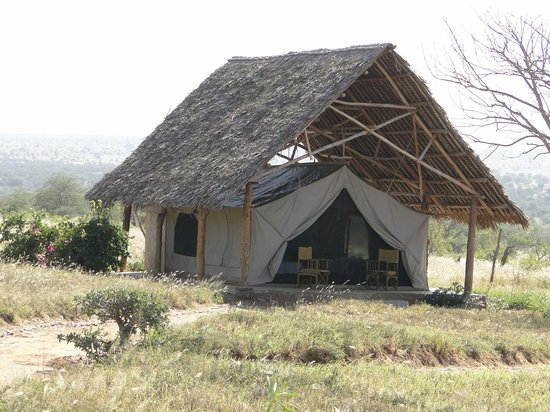 Lualenyi Camp : TENDA