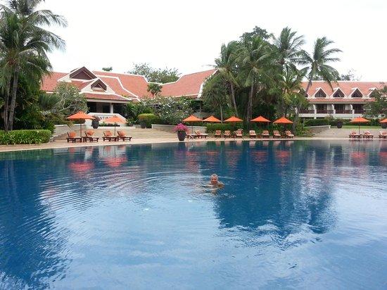 Santiburi Beach Resort & Spa: Pool