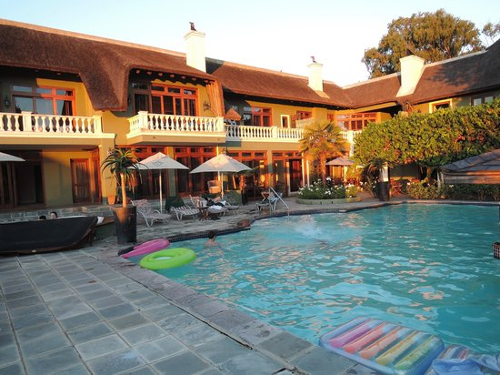 Ridgemor Villa : The pool and hotel balconies.