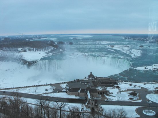 Oakes Hotel Overlooking the Falls: The view