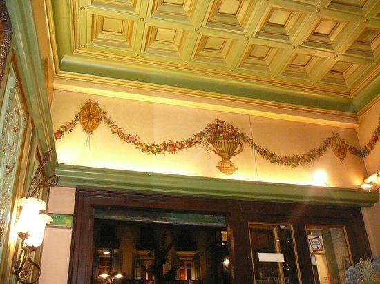 Restaurante Egipte : paritcolare del soffitto