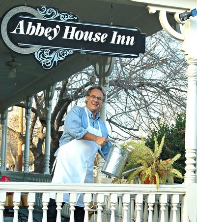 Abbey House Inn: Your Innkeeper, Bruce Smith