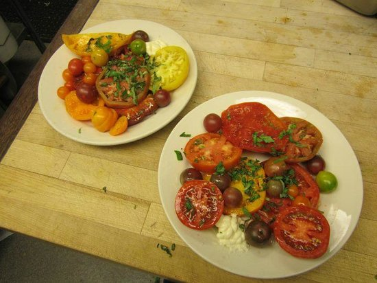 Crook's Corner : Betsey's Heirloom Tomato Plate -- Homegrown.